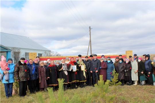 22 октября в д. Мокры Чагасьского поселения Канашского района состоялось торжественное открытие Стены памяти
