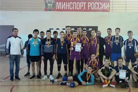 Традиционный турнир по волейболу среди учащихся общеобразовательных школ памяти Ф.Б. Мамуткина выявил сильнейших