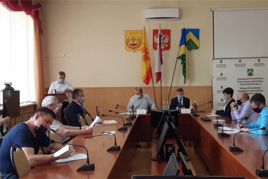Состоялось очередное заседание Собрания депутатов Комсомольского района шестого созыва