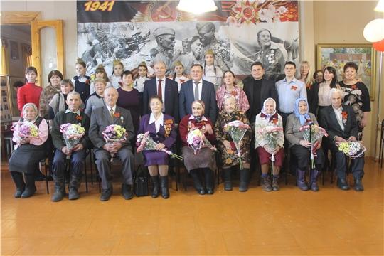 Юбилейные медали  «75 лет Победы в Великой Отечественной войне 1941-1945 годов» вручены ветеранам войны и труженикам тыла