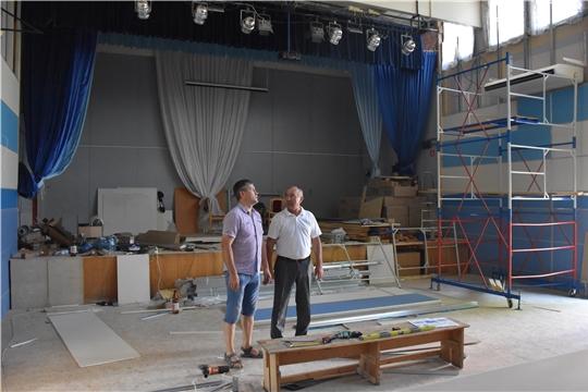 Глава администрации района А.Н.Кузнецов ознакомился с ремонтными работами в Красноармейском районе