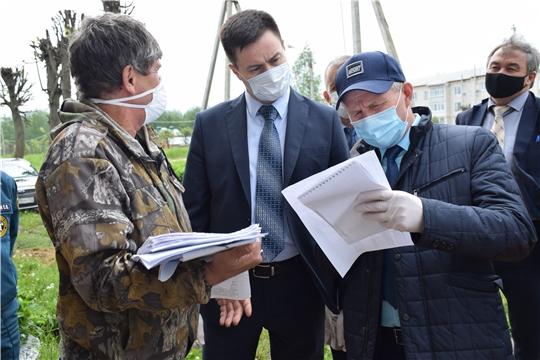 В Красночетайском районе побывала рабочая группа оперштаба Чувашии по предупреждению распространения коронавируса