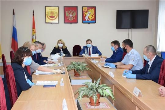 Рабочая группа при оперативном штабе по борьбе с коронавирусом приехала в Красночетайский район