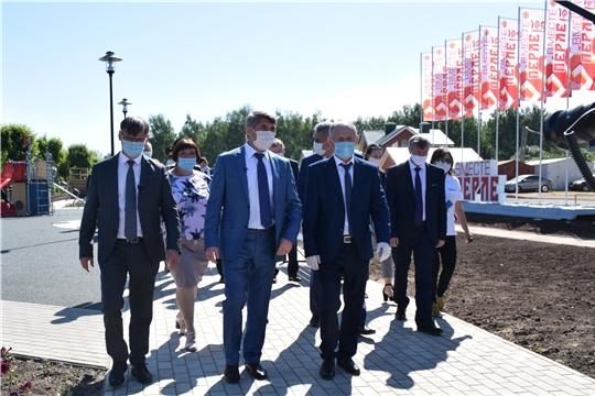 В день образования Чувашской автономной области в Красночетайском районе открыты обновленная площадь Победы и пешеходная аллея