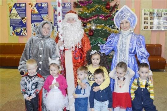 Ленинский район:новогодний праздник для детей в ДК «Акация»