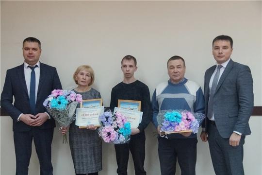 В Ленинском районе состоялось награждение победителей конкурса «Лучший дворник» за январь