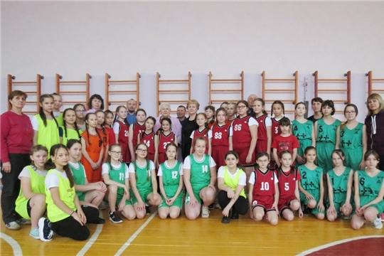 В Ленинском районе состоялся открытый турнир по баскетболу среди девочек