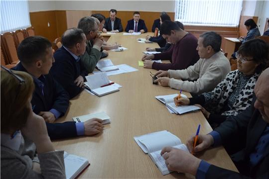 В администрации Мариинско-Посадского района обсудили организацию вывоза твердых коммунальных отходов и сбор оплаты за данную услугу с населения