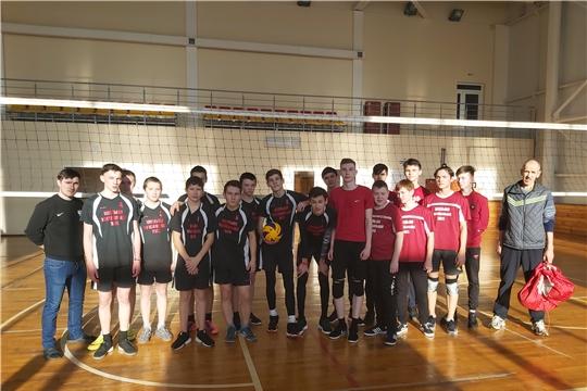 В Мариинско-Посадском районе продолжаются спортивные игры в рамках муниципального этапа чемпионата школьной волейбольной лиги