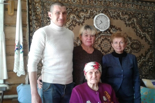 В Эльбарусовском сельском поселении продолжается вручение юбилейных медалей к 75 летию Победы