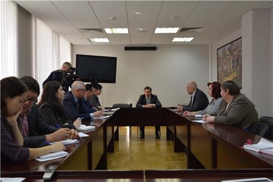 Дефицита не будет: Иван Моторин обсудил с представителями торговых сетей ситуацию на продовольственном рынке Чувашии