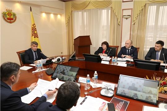 Олег Николаев назвал пути решения вопроса дефицита медицинских кадров в сельской местности