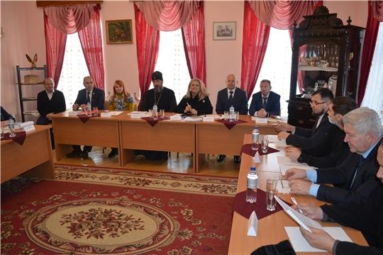 В городе Мариинский Посад подвели итоги общественных обсуждений концепции благоустройства городской набережной и поставили новые задачи