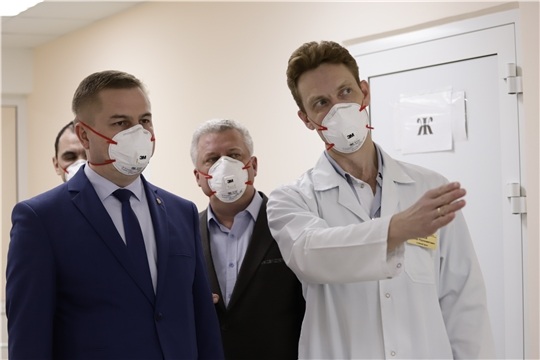 Выезд министра здравоохранения Чувашии в инфекционное отделение БСМП