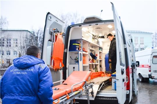 Фельдшеры скорой спасли 11-месячного ребенка и 67-летнего мужчину с инородным телом в дыхательных путях