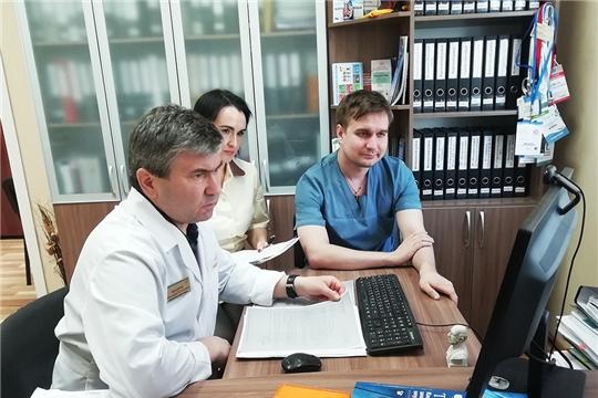 Пациентов онкодиспансера консультируют по видеоконференцсвязи