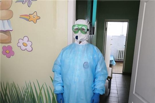 """Врачи и медсестры — """"на передовой"""" борьбы с коронавирусом"""