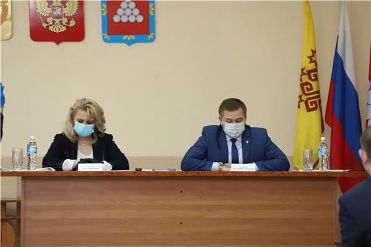 Рабочая группа при оперативном штабе по борьбе с коронавирусом в Чувашии выехала в Ядринский район