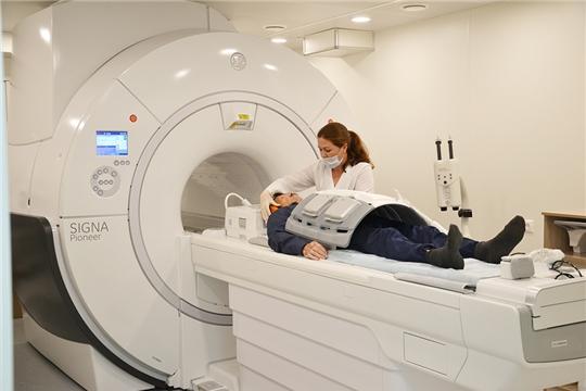 Пациенты онкодиспансера проходят компьютерную и магнитно-резонансную томографию на новом оборудовании
