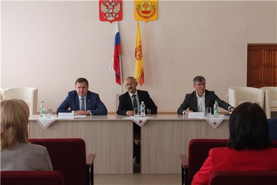 Владимир Степанов с рабочим визитом посетил Янтиковский, Урмарский и Козловский районы