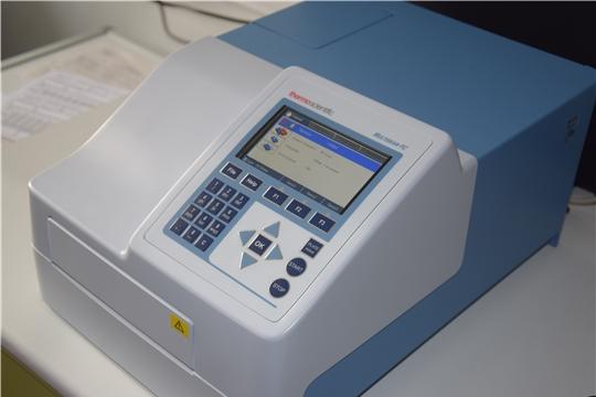 В бактериологической лаборатории Республиканской клинической больницы - новое диагностическое оборудование