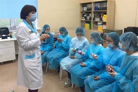 """15 наставников проекта """"Билет в будущее"""" прошли курс повышения квалификации в Чебоксарском медколледже"""