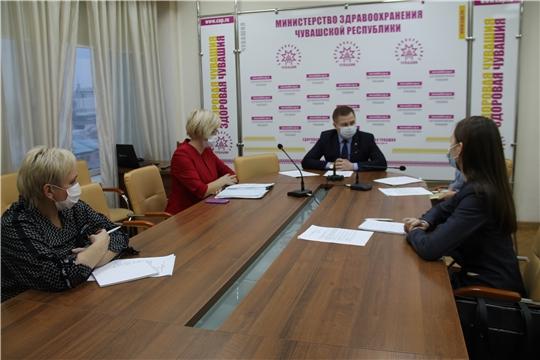 Волонтеры-медики рассказали министру здравоохранения о своих проектах