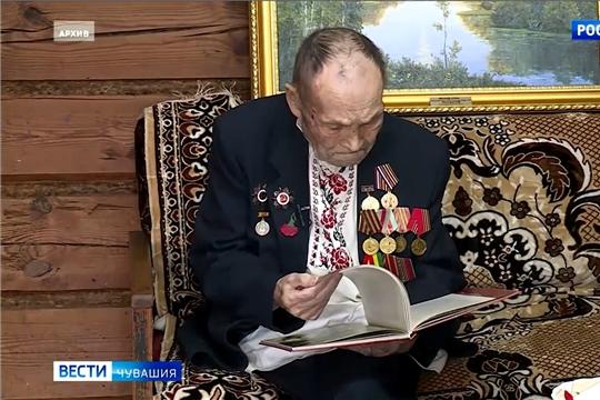 Ушел из жизни известный мастер-кукольник, ветеран Терентий Дверенин