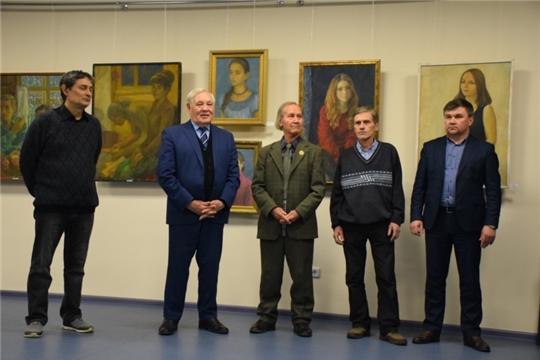 Сто картин художника Владимира Енилина посвящены вековому юбилею Чувашской автономии
