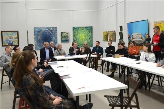В Чебоксарах прошёл круглый стол на тему «Современное искусство: миф, реальность, воплощение»