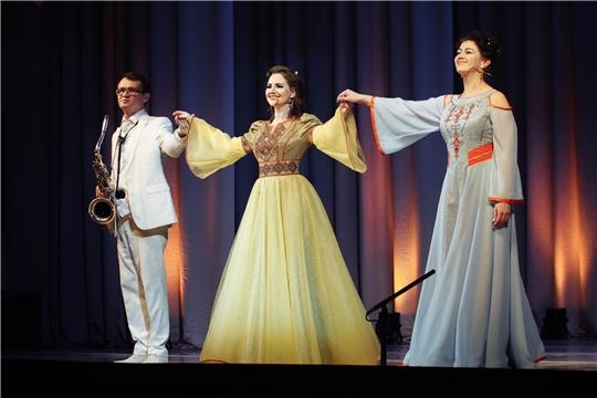Фестиваль чувашской музыки торжественно открылся на сцене театра оперы и балета