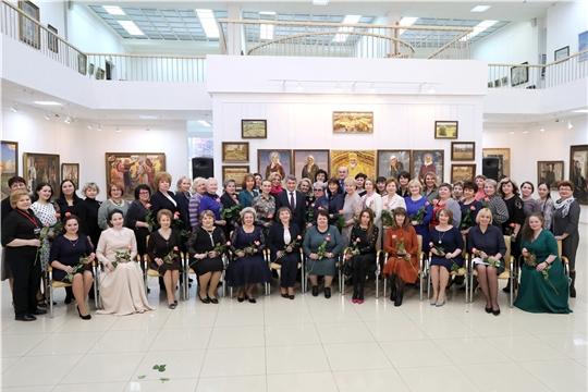 Олег Николаев поддержал общественные проекты Союза женщин Чувашии