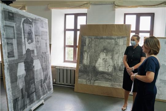 Министр культуры Роза Лизакова приняла участие в защите дипломных работ студентов художественного училища