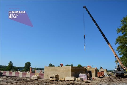 В рамках нацпроекта «Культура» в д. Буртасы Вурнарского района ведется строительство сельского клуба