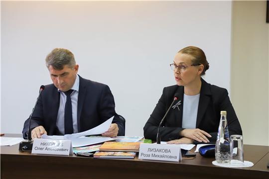 В Чувашии обсуждают проект подпрограммы «Сохранение, изучение и развитие чувашского языка»