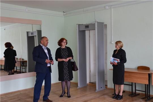Заместитель министра культуры Чувашии Елена Чернова посетила Красноармейский район