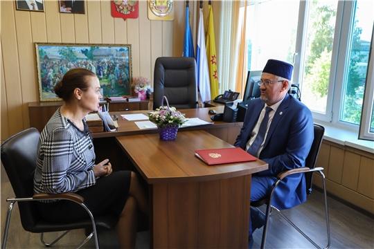 Министр Роза Лизакова встретилась с председателем Национально-культурной автономии татар Чувашии Хайдяром Сафиуллиным
