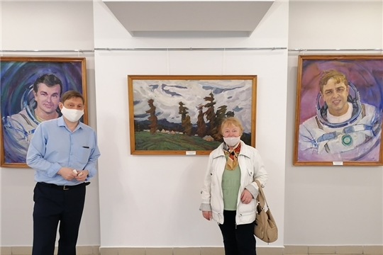 Выставка к 110-летнему юбилею Акцыновых продолжает свою работу