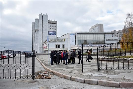 Информация по вопросу ограждения территории Чувашского государственного театра оперы и балета