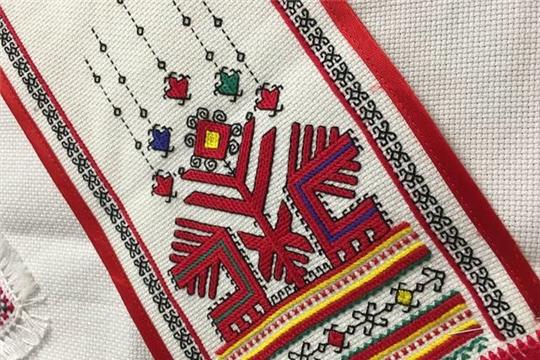1 ноября в Чувашии стартует акция «Сурпан Пĕрле», приуроченная ко Дню чувашской вышивки