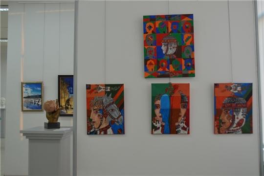 В Художественном музее начала работу выставка «Савнă Шупашкар» Союза чувашских художников