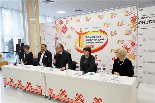 В ТЮЗе им. М. Сеспеля состоялась пресс-конференция XIII Чебоксарского международного кинофестиваля