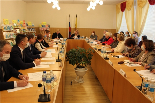 В Чебоксарах обсудили создание учебника по чувашскому языку