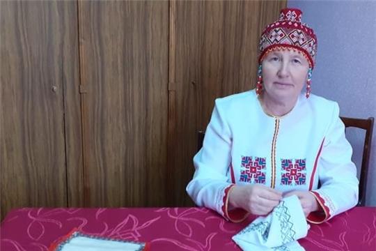 Мастер вышивки Шумерлинского района присоединилась к акции «Сурпан «ПĔРЛЕ»