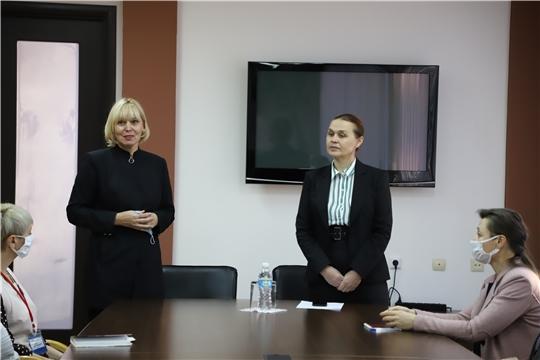 Светлана Каликова представила коллективу Национальной библиотеки нового директора