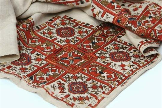 Национальная библиотека подготовила виртуальную выставку ко Дню чувашской вышивки