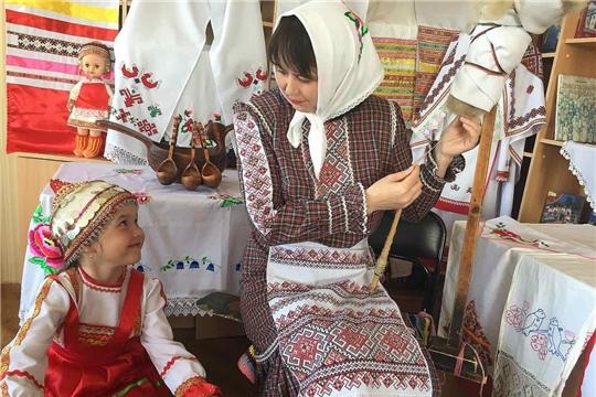 Приглашаем принять участие в акциях, приуроченных ко Дню чувашской вышивки