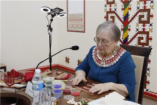 В Институте культуры состоялась онлайн-конференция «Развитие чувашской вышивки в современных условиях»