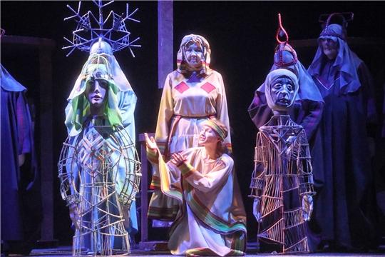 Спектакль «Теперь я счастлива» вновь вернулся на сцену Чувашского театра кукол