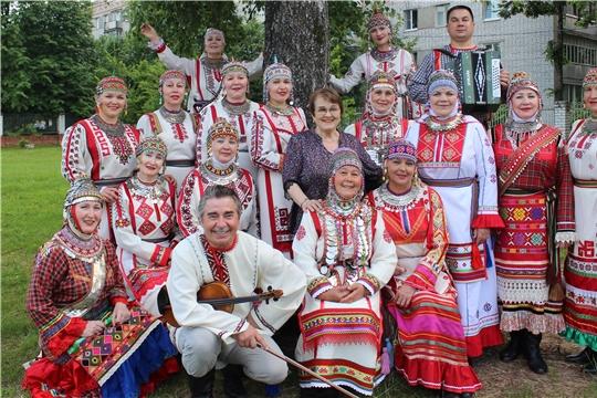 Народный фольклорный ансамбль «Уяв» получил звание «Заслуженный коллектив народного творчества» Российской Федерации